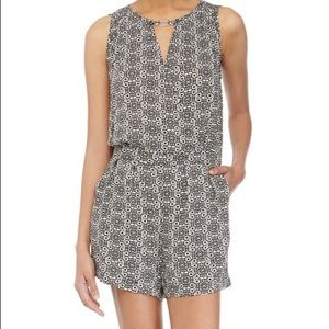 Laundry by Shelli Segal Printed Wrap Romper